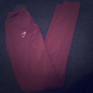 Purple gymshark leggings with netted pockets